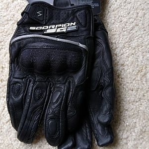 Scorpion EXO SG2 motorcycle gloves